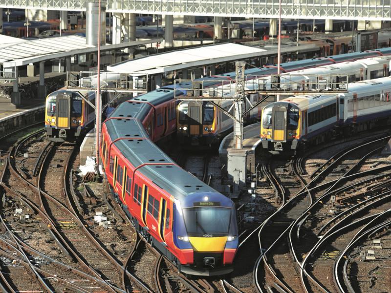 Поезда в Англии -3